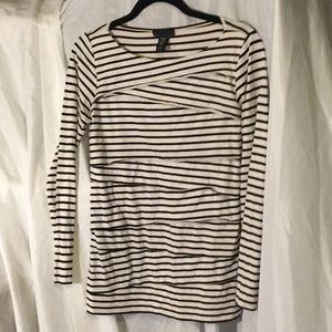 Apostrophe black and white long sleeve layered top
